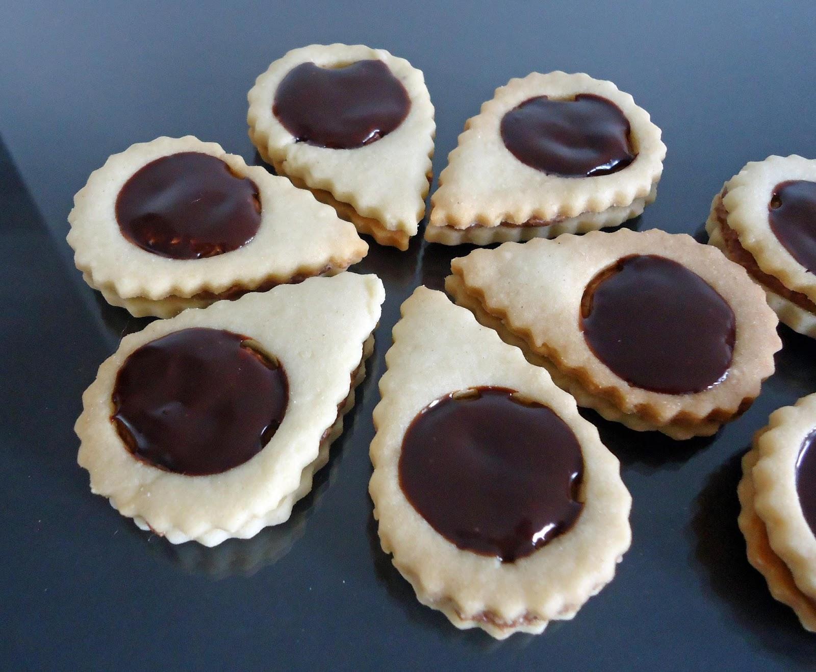 Minicuisine Sables A La Ganache Au Chocolat Noir