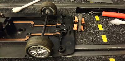 Recambio de trencillas para el Audi R8 Scalextric Lemans