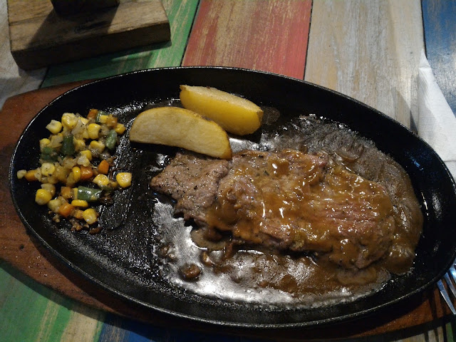 sirloin steak du cafe semarang
