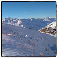 Val Thorens neige et ciel bleu