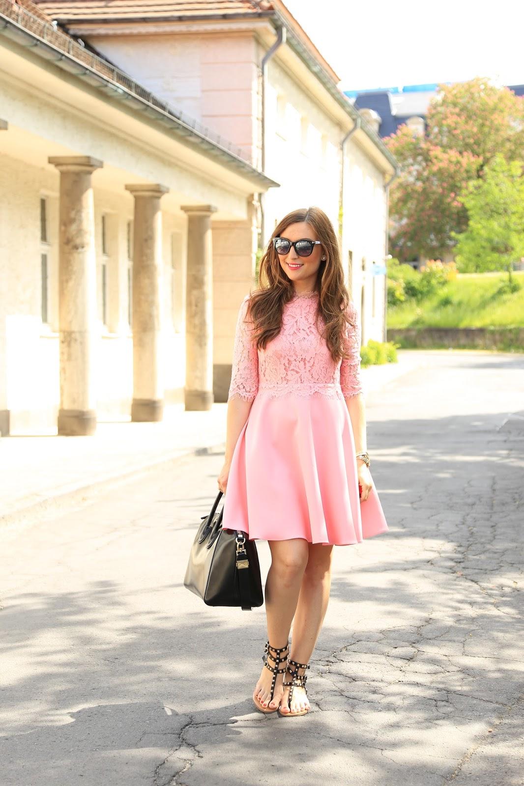 Lichi.eu Kleid - Rosa Kleid Fashionblogger - Fashionblogger aus Deutschland in Lichi- Fashionstylebyjohanna
