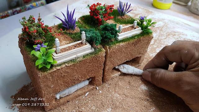 Diorama kubur oleh Ahmad Jafri (Jeff DRC Toys)