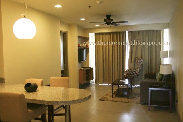 2 bedroom hotel suite interior