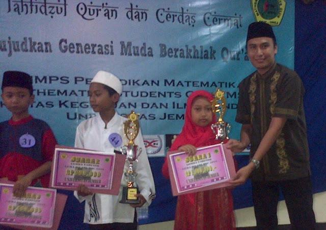 SD Muhammadiyah Ambulu juara tahfidzul Qur'an se-kabupaten jember di Universitas Jember