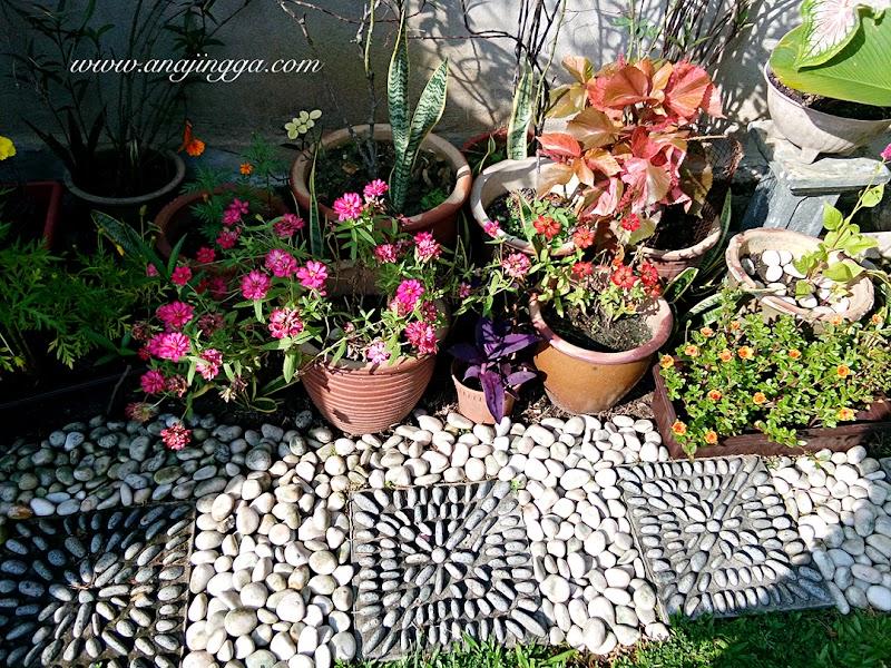 Mencantikkan lanskap dengan dekorasi batu-batu