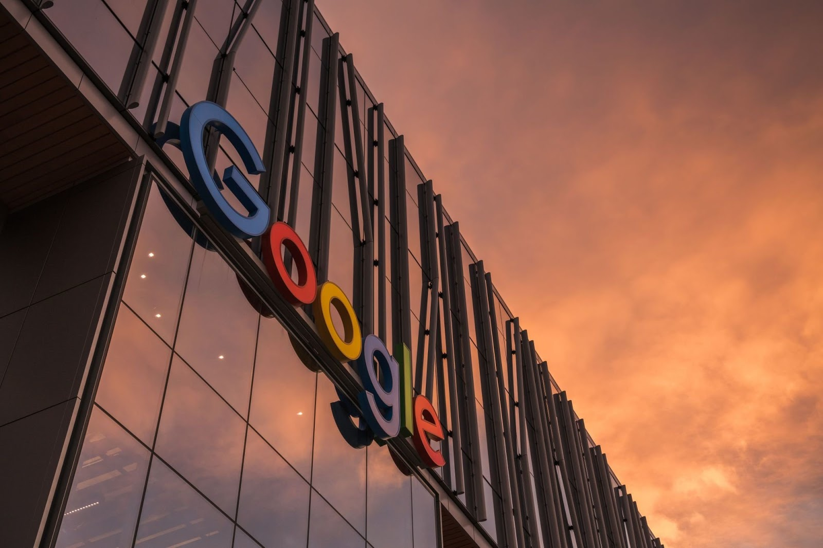 Google Shares Its Users' Location Data To Help Policy Makers Map Lockdowns Effectiveness