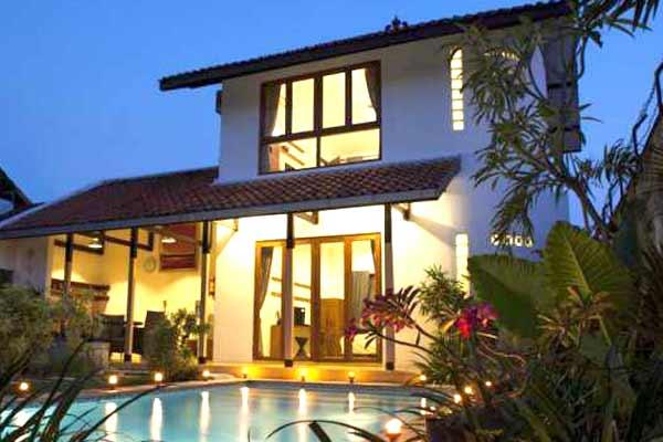 Jual Villa Tengah Kota kawasan Wisata Alun-alun Kraton Yogyakarta