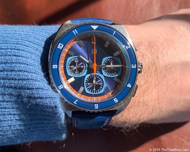 Straton Legera Standard blue wrist shot