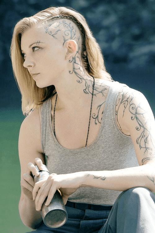 Natalie Dormer English Actress Hunger Game HD Wallpaper Photo Images