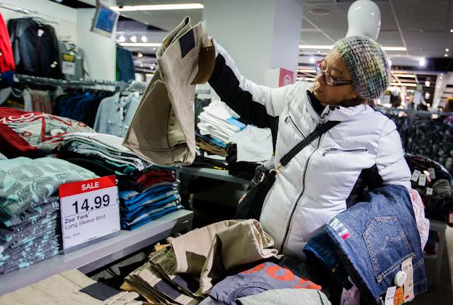 Quais lojas oferecem grandes descontos na Black Friday em Nova York?