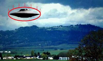 Безинерционный двигатель НЛО. Как летают инопланетяне. Математика для блондинок.