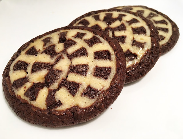 Vanilla & Chocolate Checkerboard Swirl Shortbread Cookies