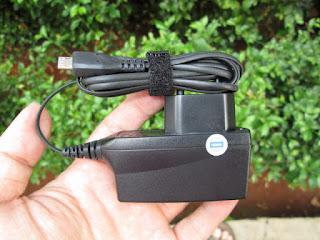 Charger Original Nokia AC-6E