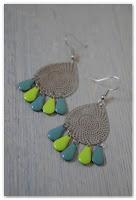 boucles d'oreilles gouttes argentées, vert anis et turquoise