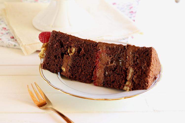 Schokoladen-Karamell-Walnuss-Himbeer-Torte - Drip Cake 4