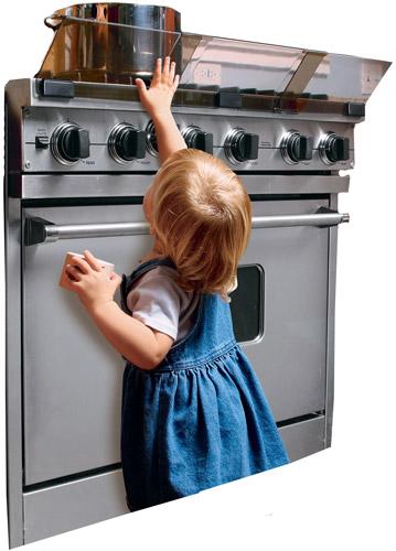 مخاطر تواجد الطفل في المطبخ