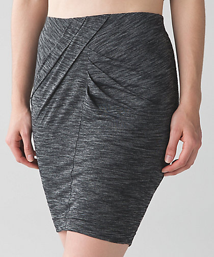lululemon wanderlust yoga-haven-skirt