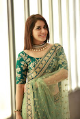 Raashi Khanna Gorgeous at Cinemaa Awards-thumbnail-13