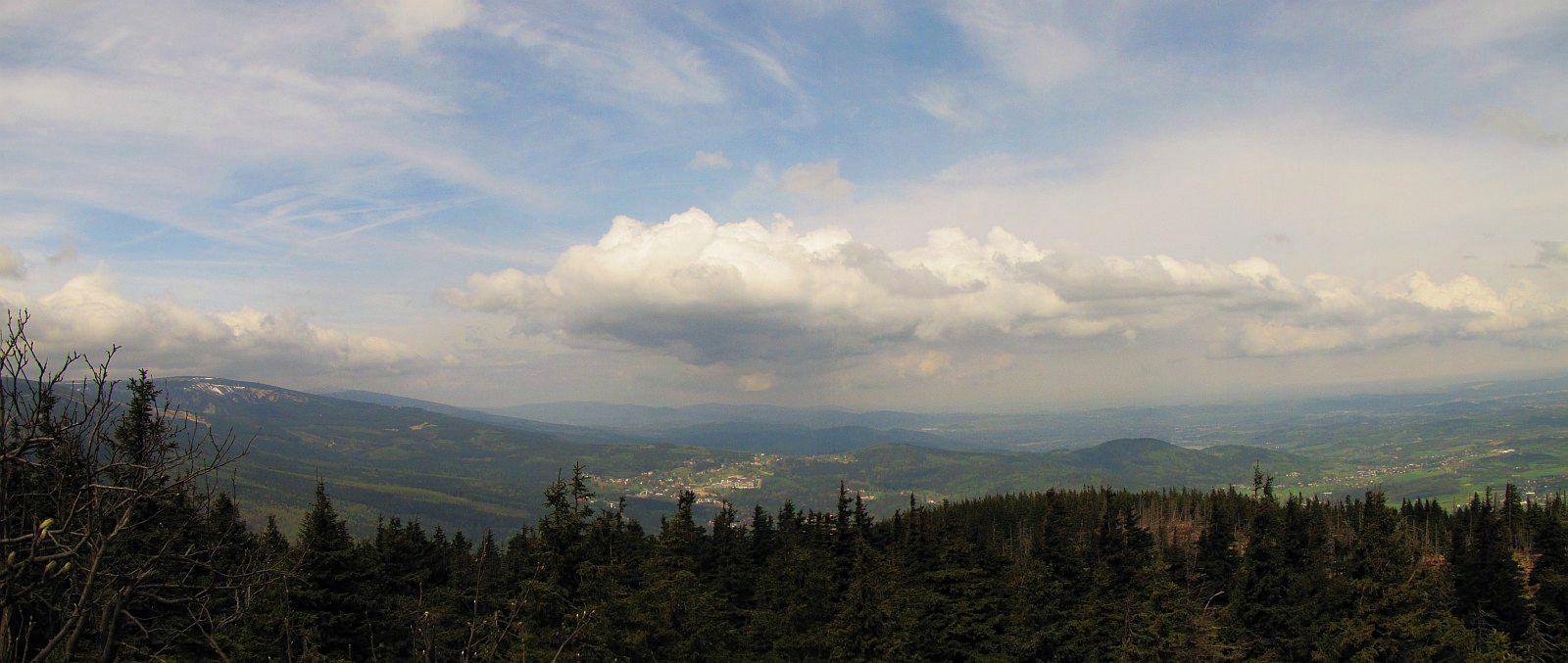 Panorama ze Skalnego Stołu.