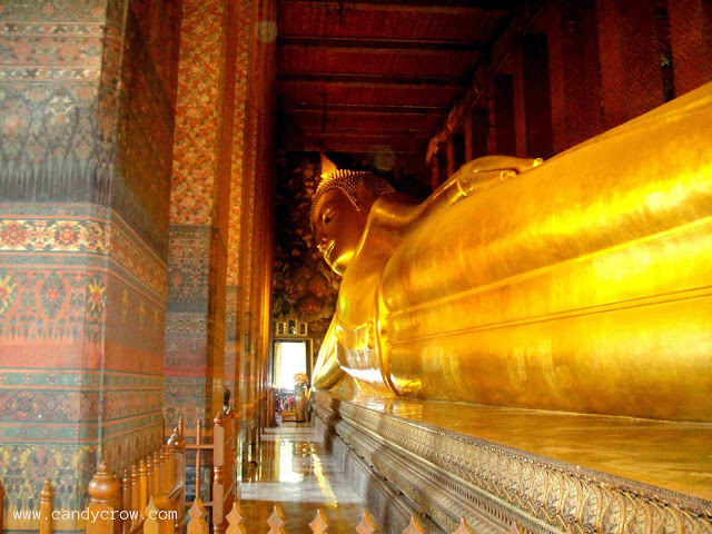 Must Visit Places in Bangkok With Kids wat pho