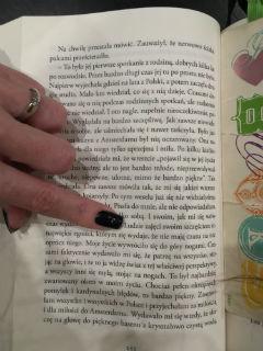 """Szczęście... """"Wszystkie moje kobiety. Przebudzenie"""" Janusz Leon Wiśniewski, fot. paratexterka ©"""
