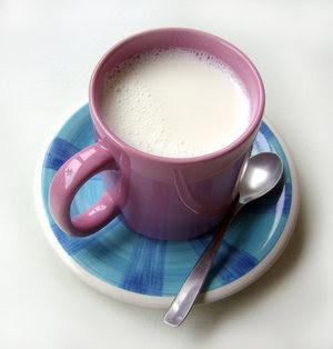 perbedaan-susu-skim-full-cream.jpg