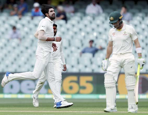 INDIA vs AUSTRALIA, 1st Test: दूसरे दिन का खेल खत्म, 'ड्राइविंग सीट' पर टीम इंडिया