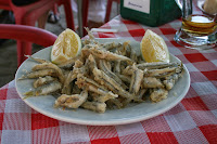 pescaito frito fritura andaluza de pescado