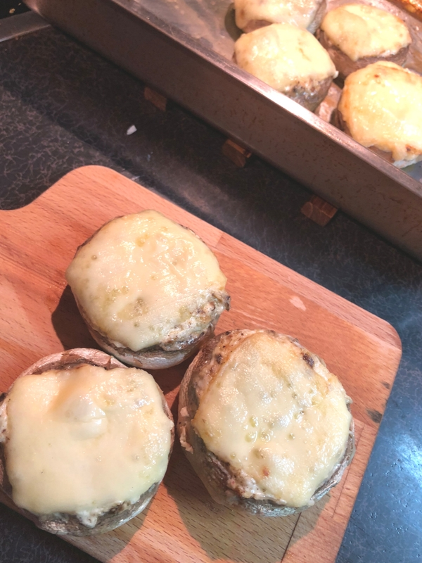 Stuffed mushrooms with cream cheese: An easy appetizer recipe perfect for your next party | Ioanna's Notebook