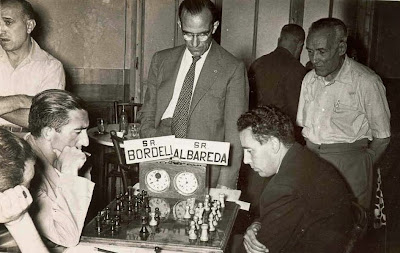 Partida de ajedrez Albareda vs. Bordell en el Torneo de La Pobla de Lillet 1958
