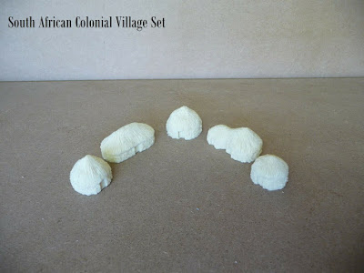 Starter Village - 10mm  South African Colonial Huts (SACH01-05) picture 3