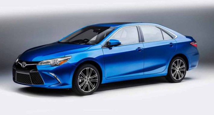 2018 Toyota Camry Hybrid Review, Trims, Specs and Price