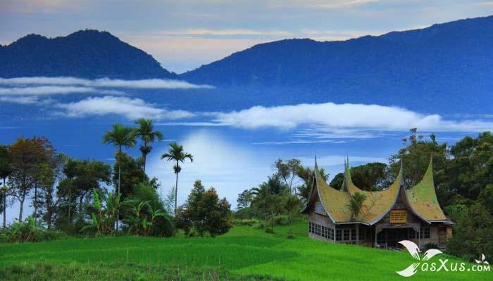 14 Danau Terbesar dan Terluas di Indonesia Beserta Gambar, Luas, dan Letaknya
