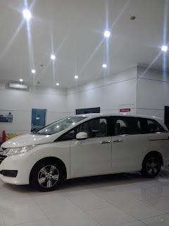 Honda Bekasi: Honda Civic Generasi 10 Raih Gelar Kelley Blue Book