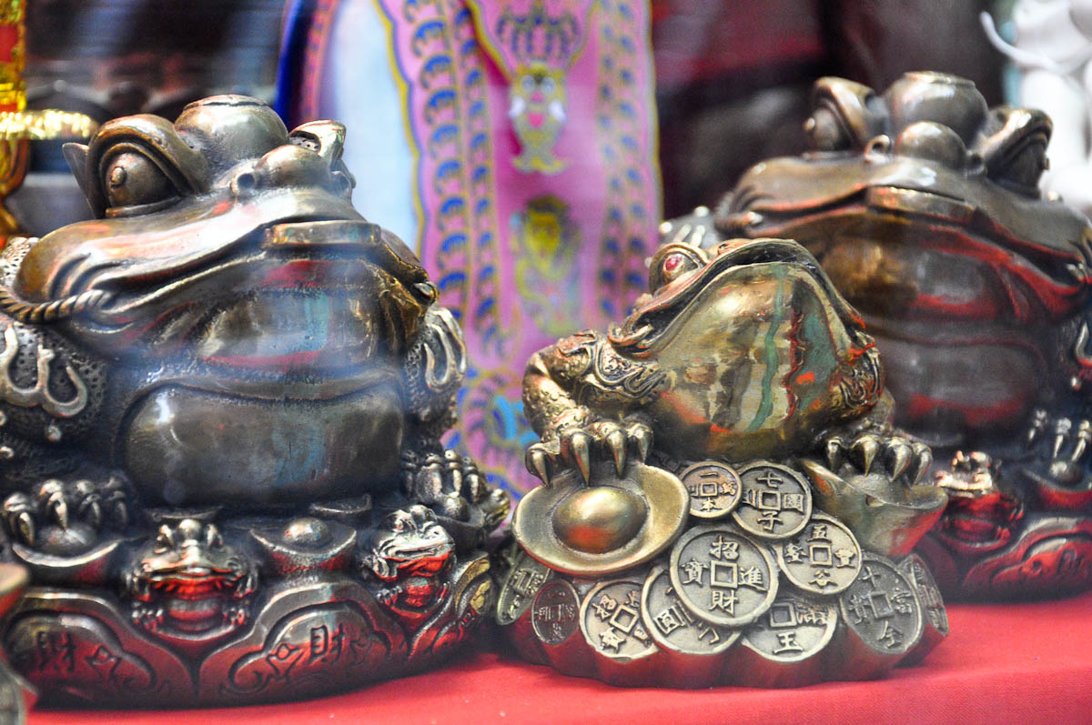 Close-up of a money frog, Chinatown, London, England