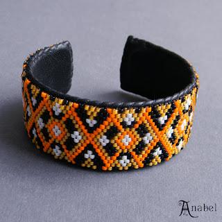Купить оригинальный женский браслет ручной работы. Интернет магазин авторских изделий из бисера.
