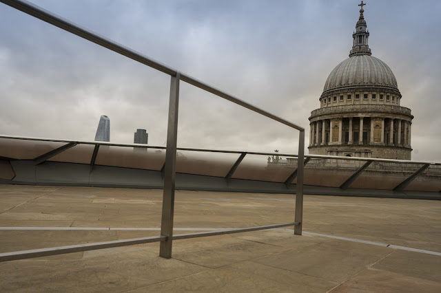 Rooftop view of St Paul's Cathedral - London Cityscape photography tips - Ashley Laurence - Time for Heroes Photography