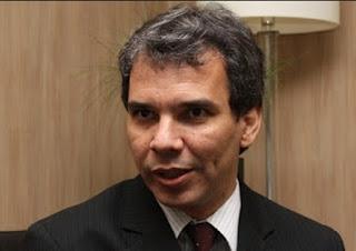 Novo ministro petista planeja trocar diretor da PF em agosto