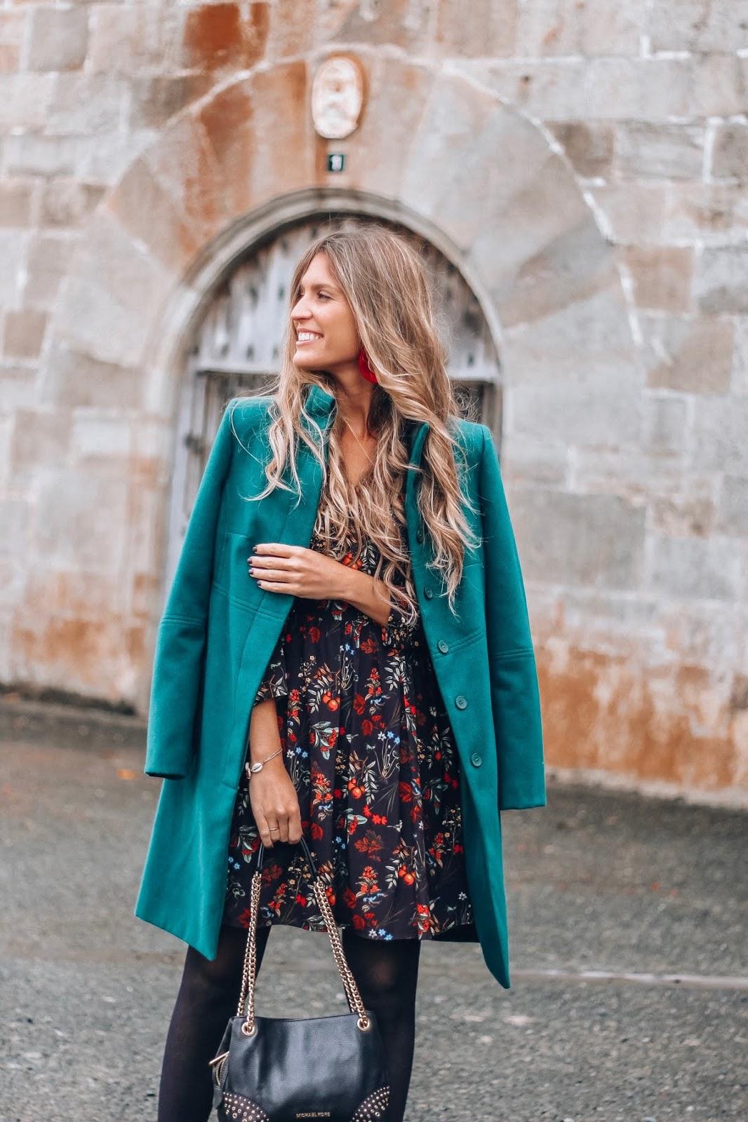 abrigo de paño verde