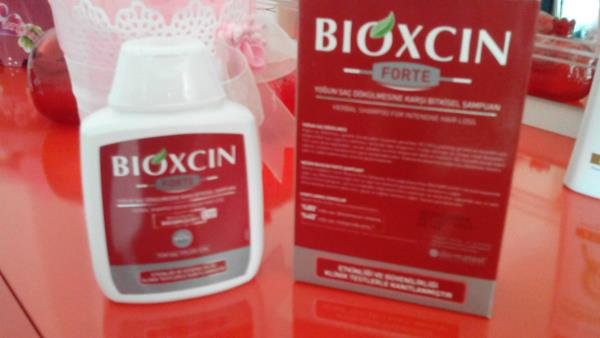 Saç Dökülmesini Engelleyen Bioxcin Ürünü İncelemelerim
