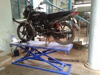 Two Wheeler Service Ramp Erode