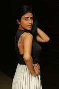 pragya latest sizzling photos-thumbnail-15