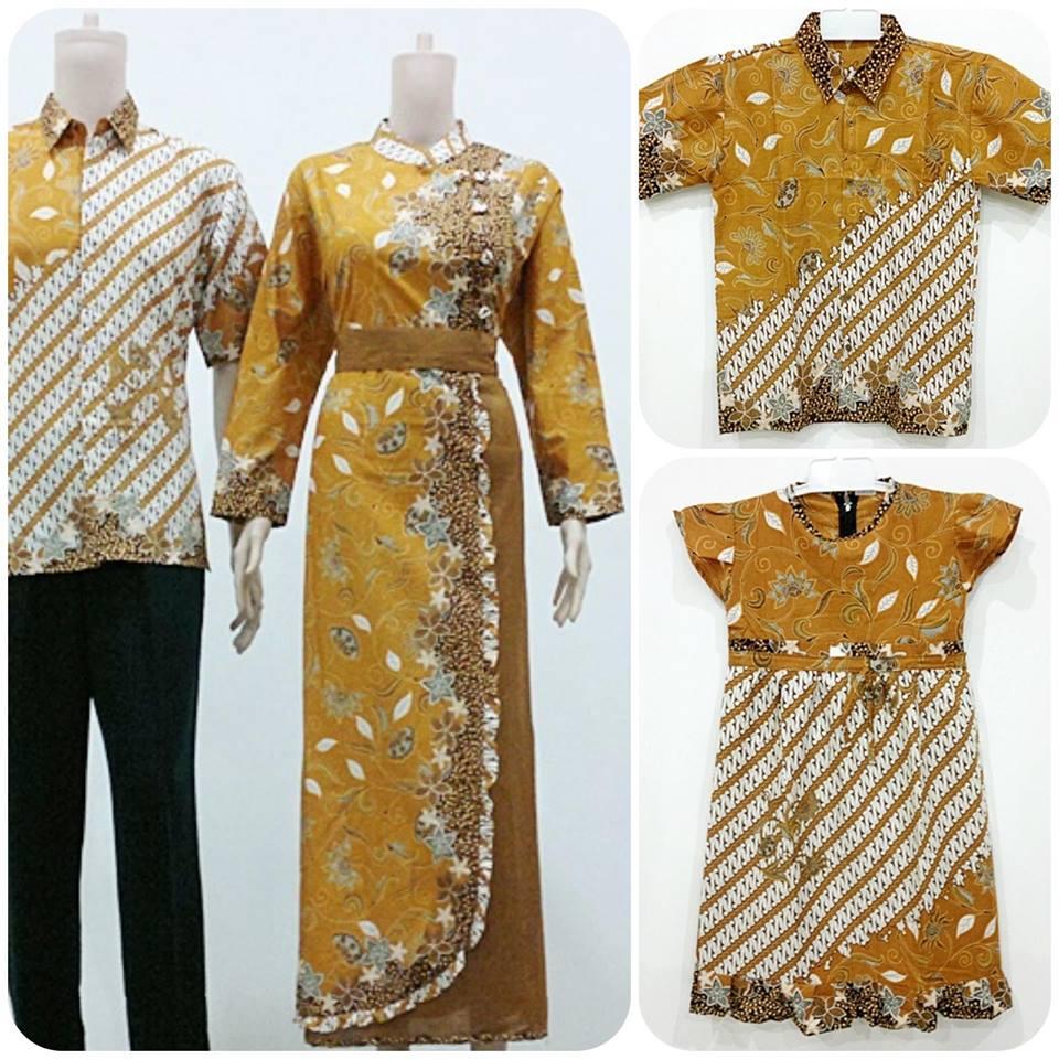 9 Baju Batik Pasangan Suami Istri Dan Anak Terbaru Elegan  Gaya