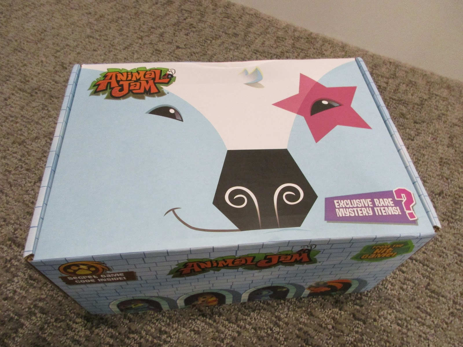The Animal Jam Whip: Animal Jam Box Winter 2017 Unboxing/Review