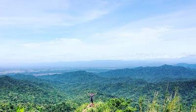 Puncak Gunung Ijo