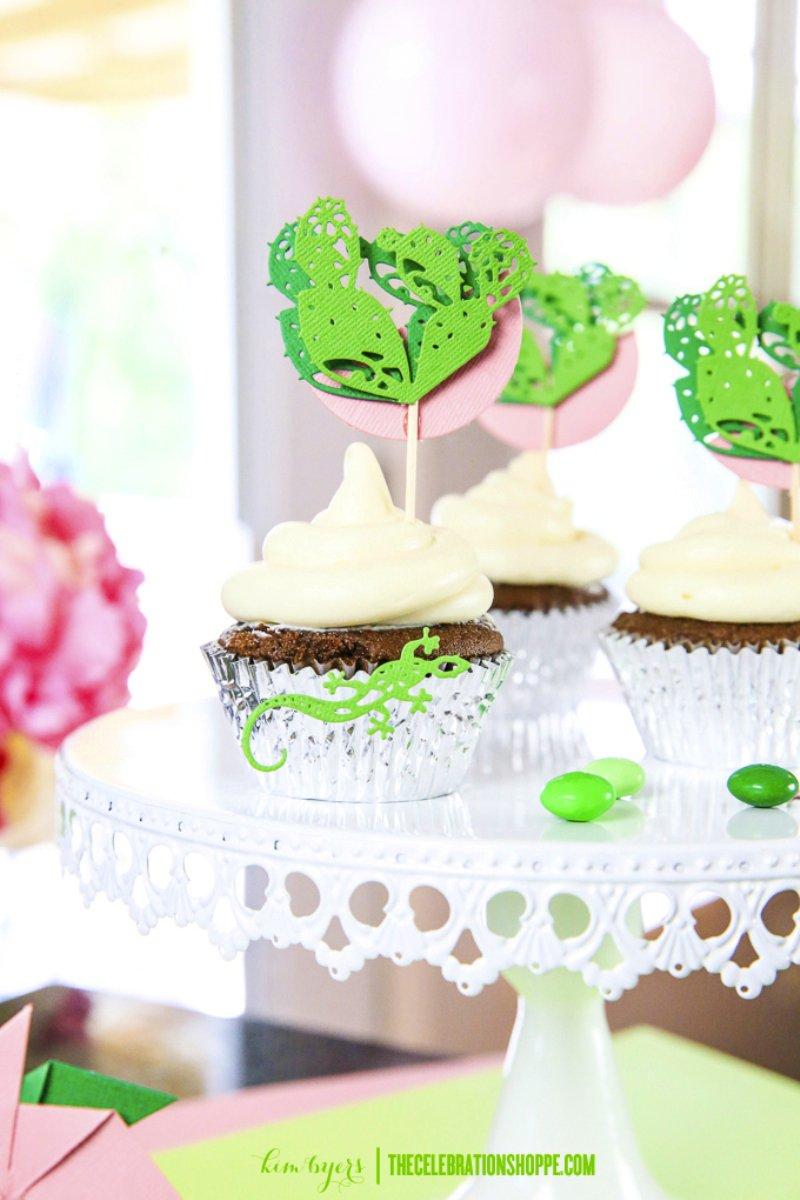 DIY cactus cupcake toppers via BirdsParty.com @birdsparty