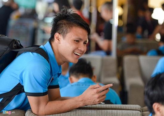 Đức Chinh luôn vui vẻ với mọi người