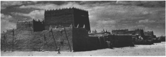 مناطق سكنية في قلعة القطيع في جيزان 1936م