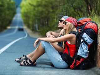 Buat yang Suka Backpacker-an, Nih 7 Tips Liburan Murah yang Bisa Kamu Ikuti!