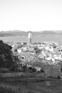 Vue sur le clocher de Saint-Tropez